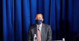 وزير الصحة الأمريكي: العبرة ليست بإنتاج اللقاح أولا ولكن بفعاليته