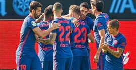 بالفيديو.. أتلتيكو مدريد يفلت من ليلة إهانة كبار الدوري الإسباني