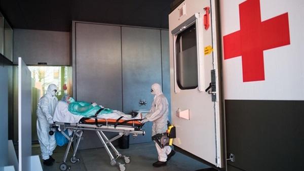 البرازيل تسجل تراجعًا كبيرًا في الإصابات اليومية بكورونا