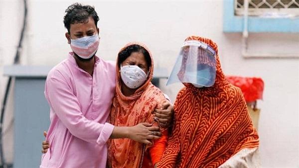 الهند تسجل ارتفاعًا قياسيًا في عدد إصابات كورونا اليومية
