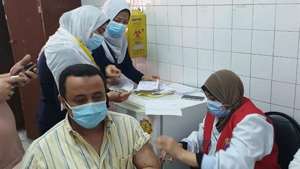 الصحة: تجهيز 403 مراكز لتلقي 110 آلاف مواطن لقاح كورونا يوميا