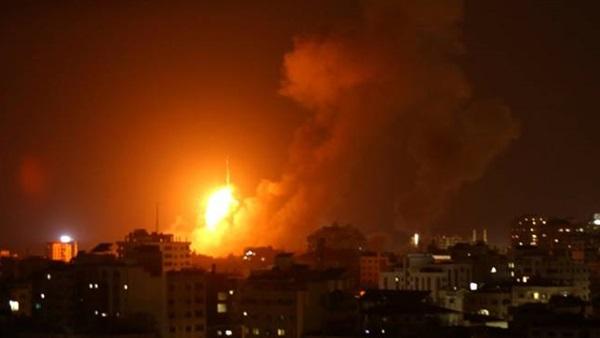 طائرات الاحتلال تقصف موقعا جنوب غرب غزة