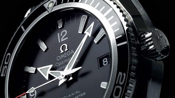 7ca1e4093 أحد مصانع أشهر ماركات الساعات في العالم يهدد بالانسحاب من سويسرا. الأربعاء  26/مارس/2014 - 08:28 ص. صورة أرشيفيه
